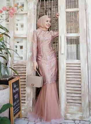 5 Inspirasi Style Baju Kondangan Hijab Yang Modis Dan Elegan