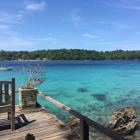 Pantai di Indonesia