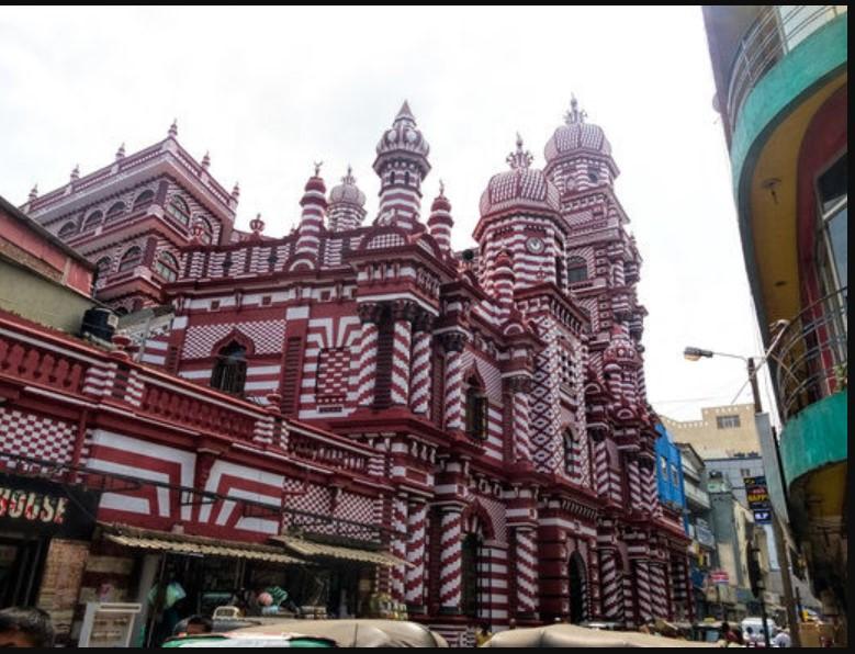 Yuk, Intip 5 Desain Masjid Modern dan Mewah dari Penjuru ...