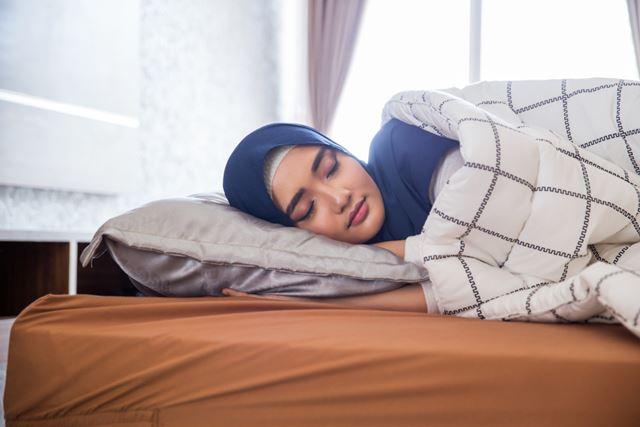 Apakah Tidur Seharian dapat Membatalkan Puasa