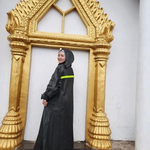 Ponco-Jas-Hujan-Syar_i-Perempuan-Muslimah-1.png